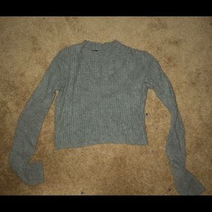 brandy melville long sleeve crop top